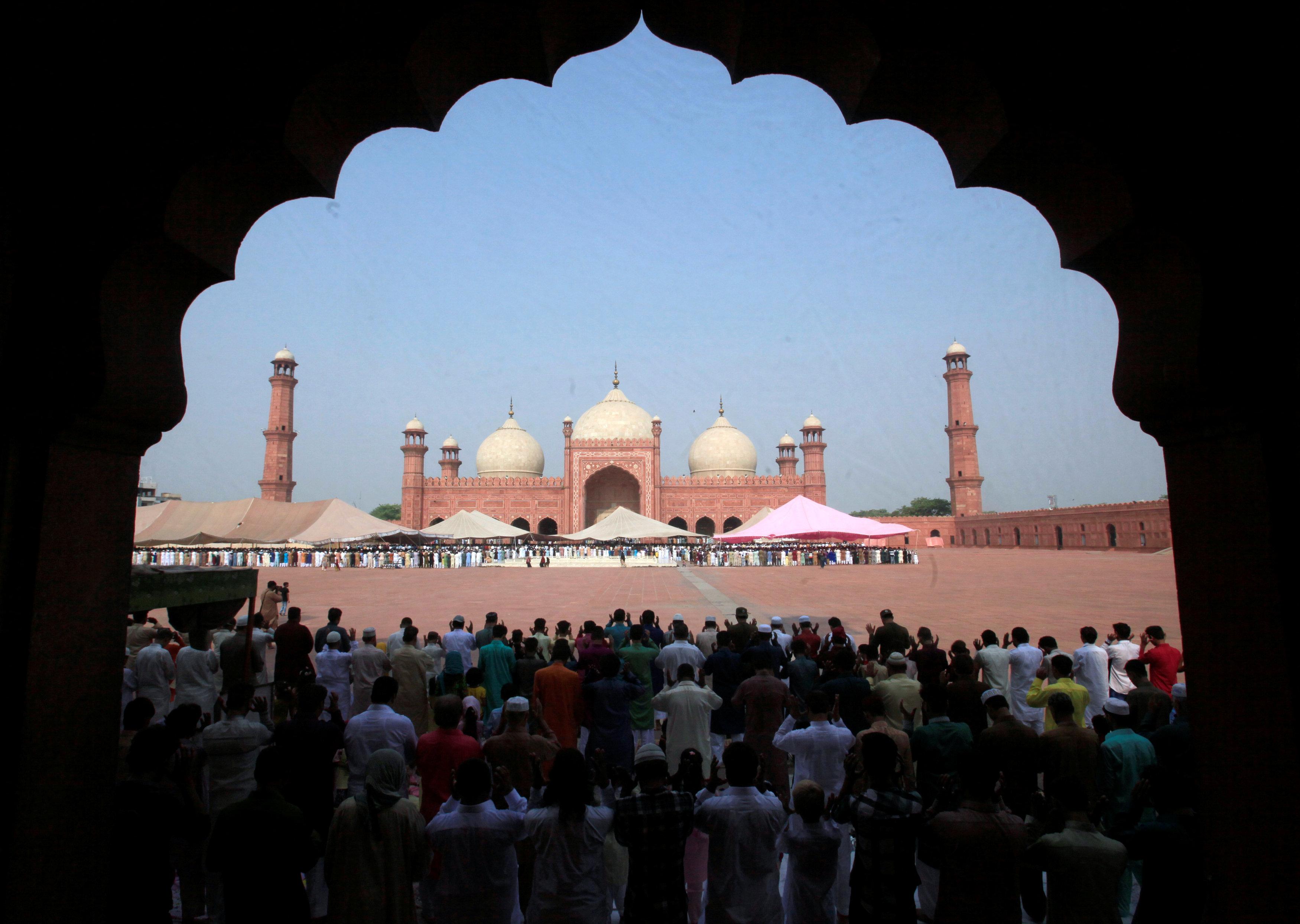 صلاة العيد فى باكستان