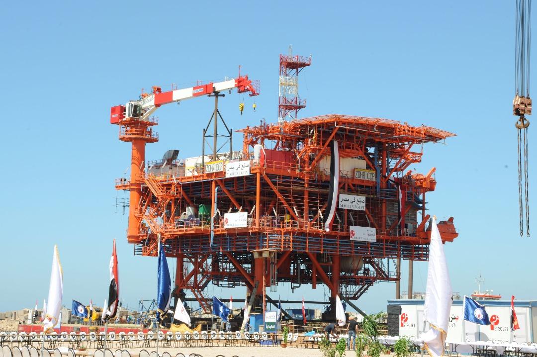 بتروجت تنجح فى إنهاء أعمال تصنيع المنصة البحرية لحقل ظهر قبل موعدها  بـ4 أشهر  (3)