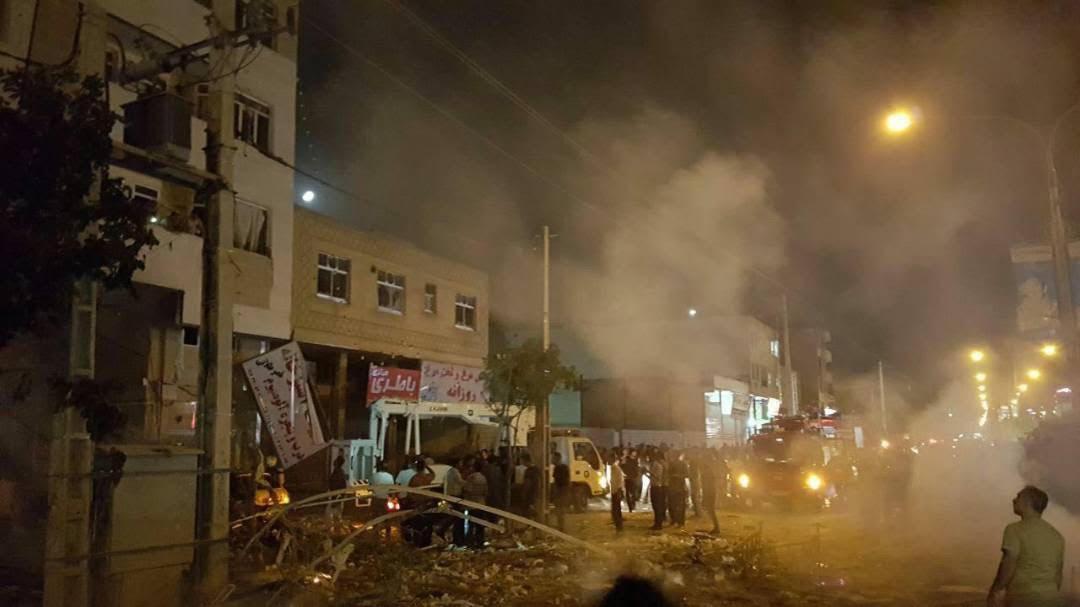 الإنفجار فى أحد مولات إيران