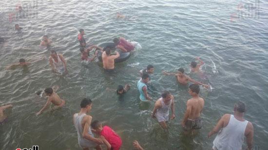 نهر النيل مصيف ابناء قنا