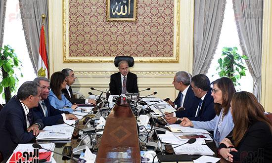اجتماع المجموعه الاقتصادية (4)