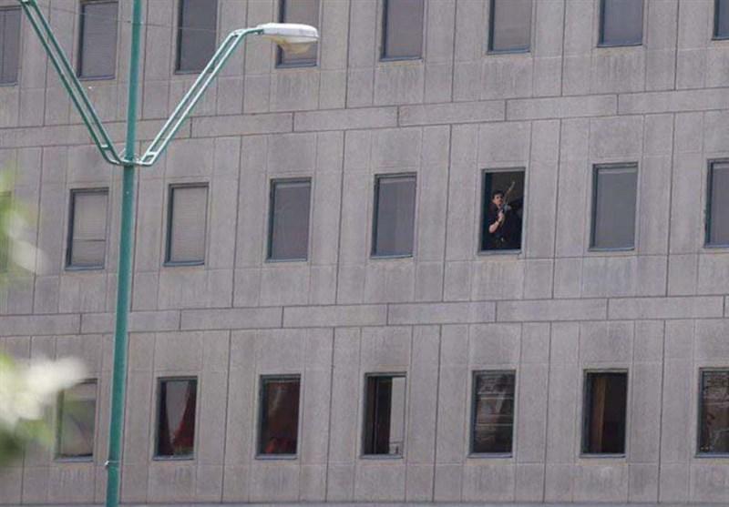 صورة الارهابى داخل البرلمان