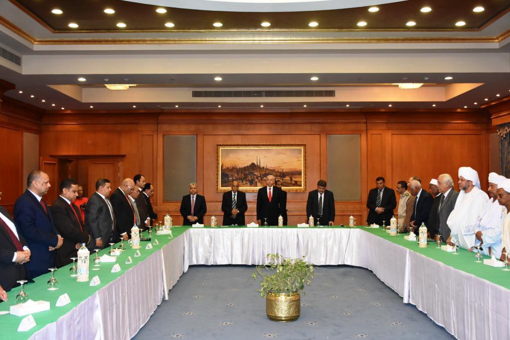 محافظ أسوان يشهد حفل تكريم المستشار حسين  (6)