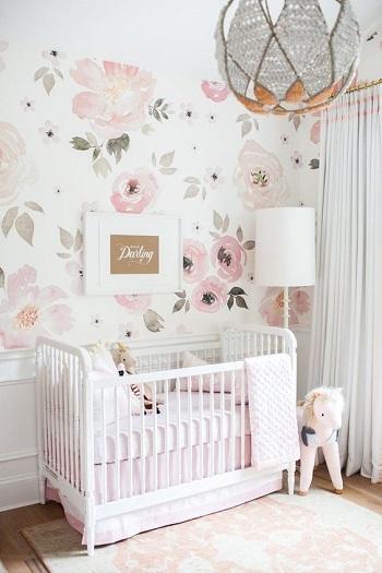 ورق حائط زهور رقيق لغرفة طفل