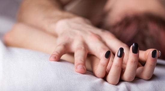 فوائد ممارسة الجنس