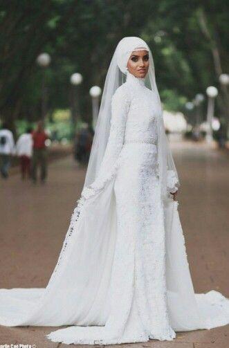 موضة فساتين زفاف للمحجبات ميرميد