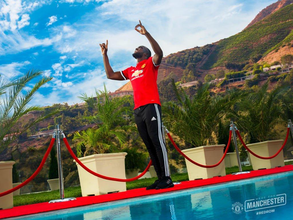 لوكاكو أقوى صفقات مانشستر يونايتد