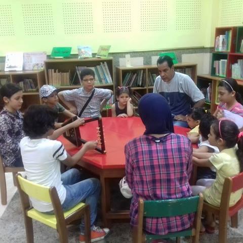 مجموعة من الأطفال أثناء التدريب