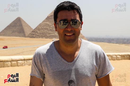 روبرتو كارلوس ونجوم منتخب البرازيل فى زيارة خاصة للأهرامات (35)