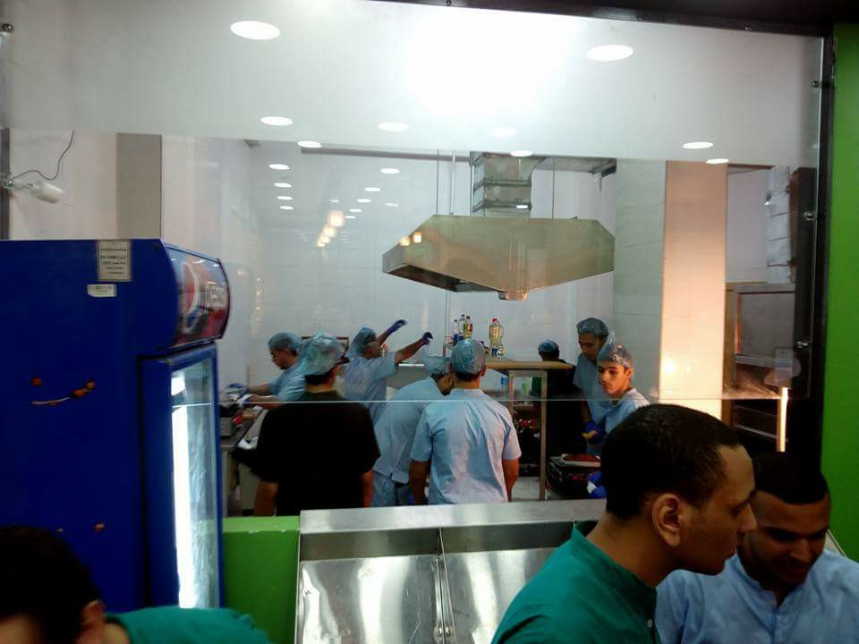 مطعم دكتور كبدة (2)
