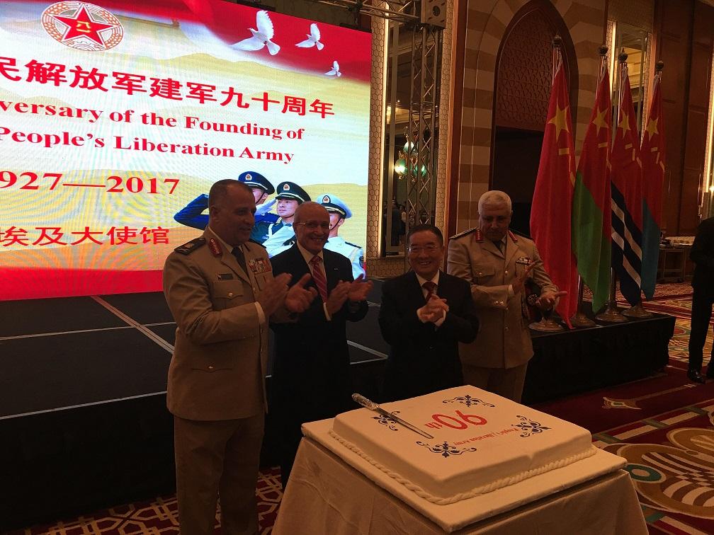 اللواء العصار والسفير الصينى خلال الاحتفالية