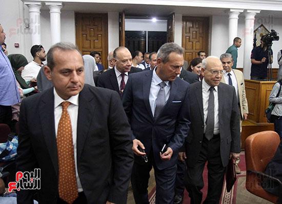 اجتماع المحافظين واالوزراء (1)
