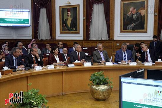 اجتماع المحافظين واالوزراء (6)