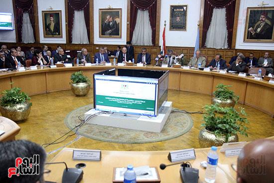 اجتماع المحافظين واالوزراء (14)
