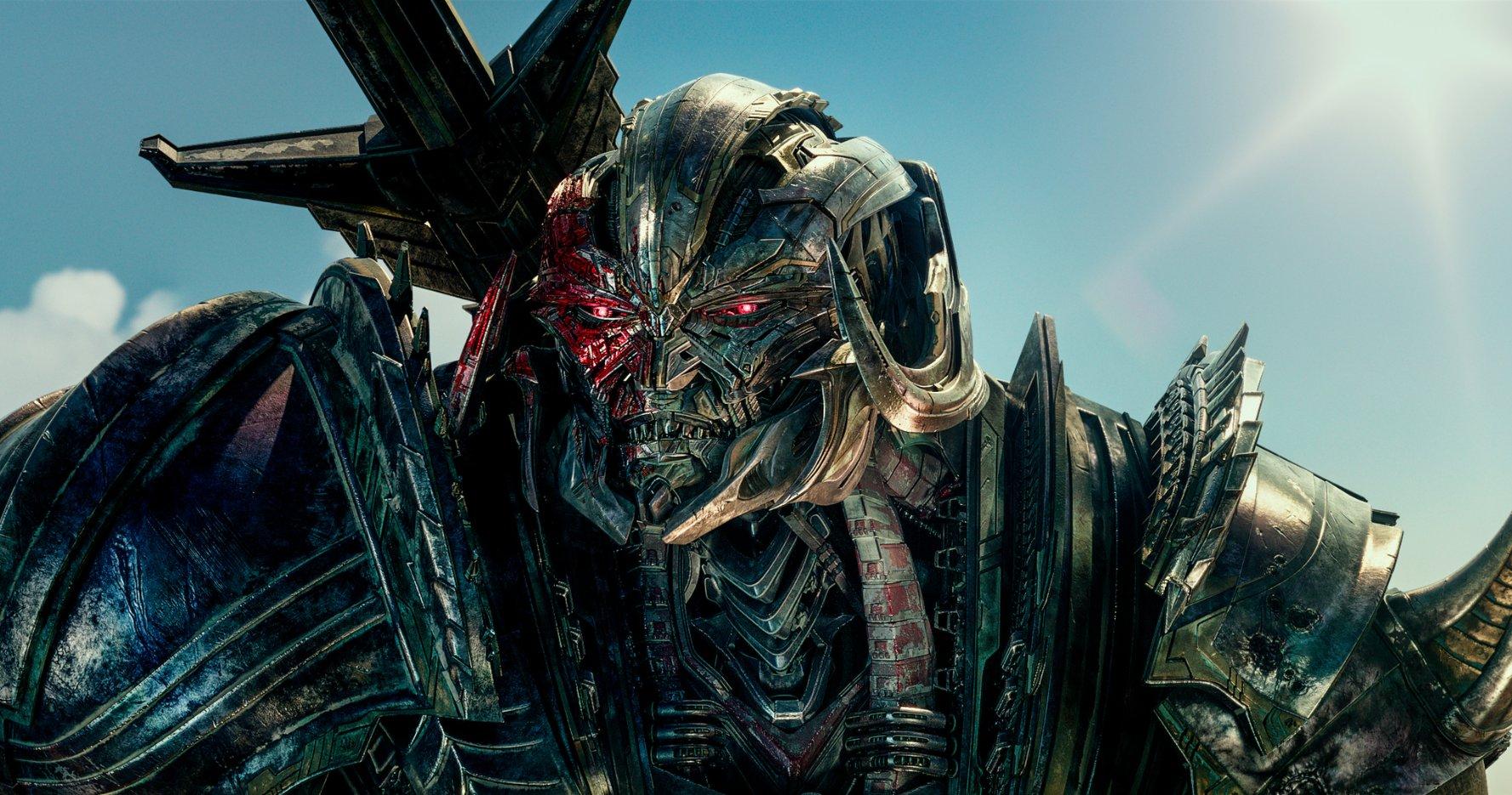 Transformers The Last Knight 3
