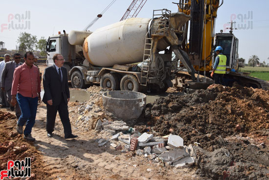 محافظ بنى سويف يتابع أعمال المحمور