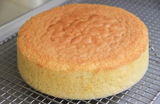 طريقة عمل الكيكة الاسفنجية (6)