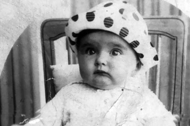 مريم فخر الدين فى سن الـ 4 شهور