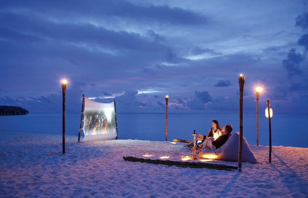 جزر المالديف وجهة الفنانين والمشاهير لقضاء عطلاتهم المقصد
