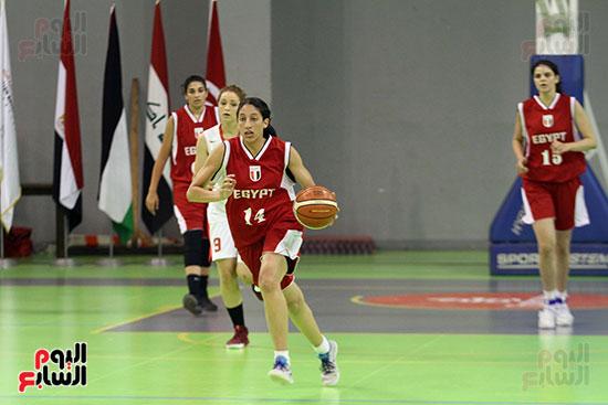 مصر تتوج بلقب البطولة العربية لسيدات السلة (36)