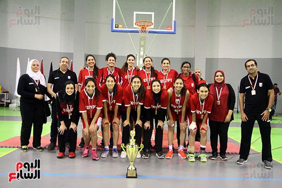مصر تتوج بلقب البطولة العربية لسيدات السلة (4)