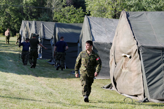 بناء عددا من المخيمات لاستقبال المهاجرين فى كندا