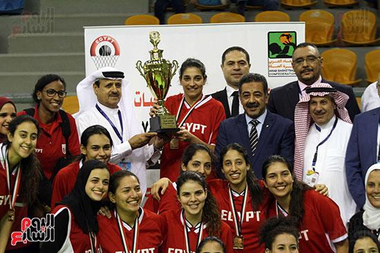 مصر تتوج بلقب البطولة العربية لسيدات السلة (3)