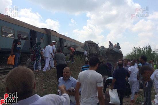تصادم قطارين فى منطقة خورشيد بالإسكندرية (13)
