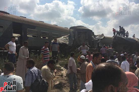 تصادم قطارين فى منطقة خورشيد بالإسكندرية (17)
