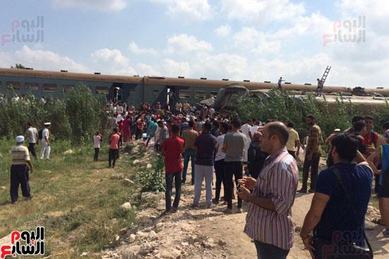 تصادم قطارين فى منطقة خورشيد بالإسكندرية (11)