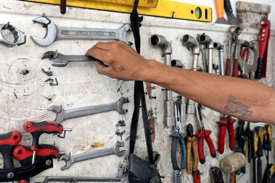 أدوات-التصنيع