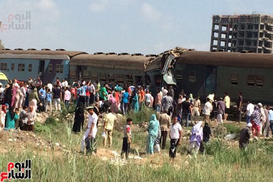 تصادم قطارين فى منطقة خورشيد بالإسكندرية (8)