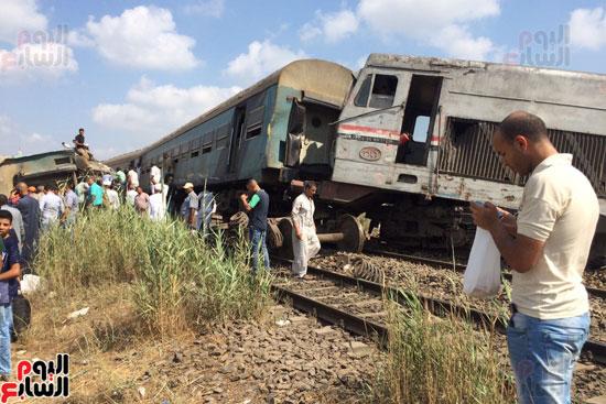 تصادم قطارين فى منطقة خورشيد بالإسكندرية (1)