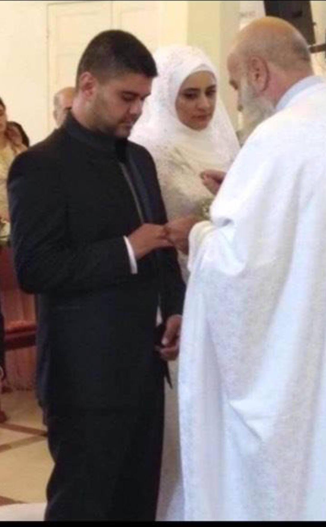جانب من الزفاف والفتاة ترتدى الحجاب