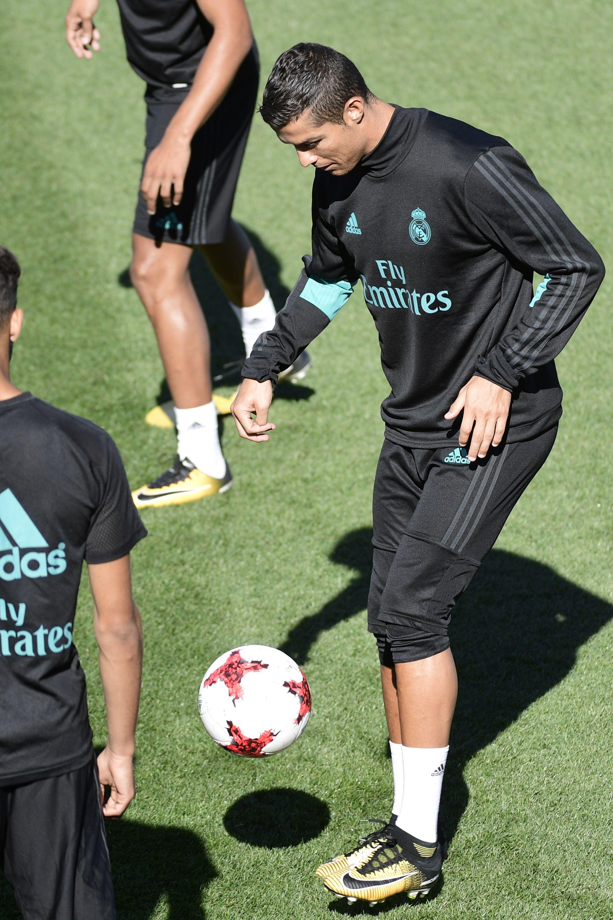كريستيانو رونالدو في تدريبات ريال مدريد 12