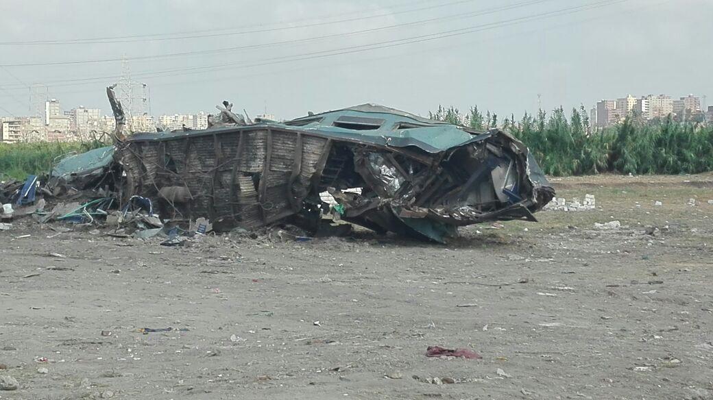 أول صور لموقع الحادث عقب انتشال حطام قطار الإسكندرية (3)