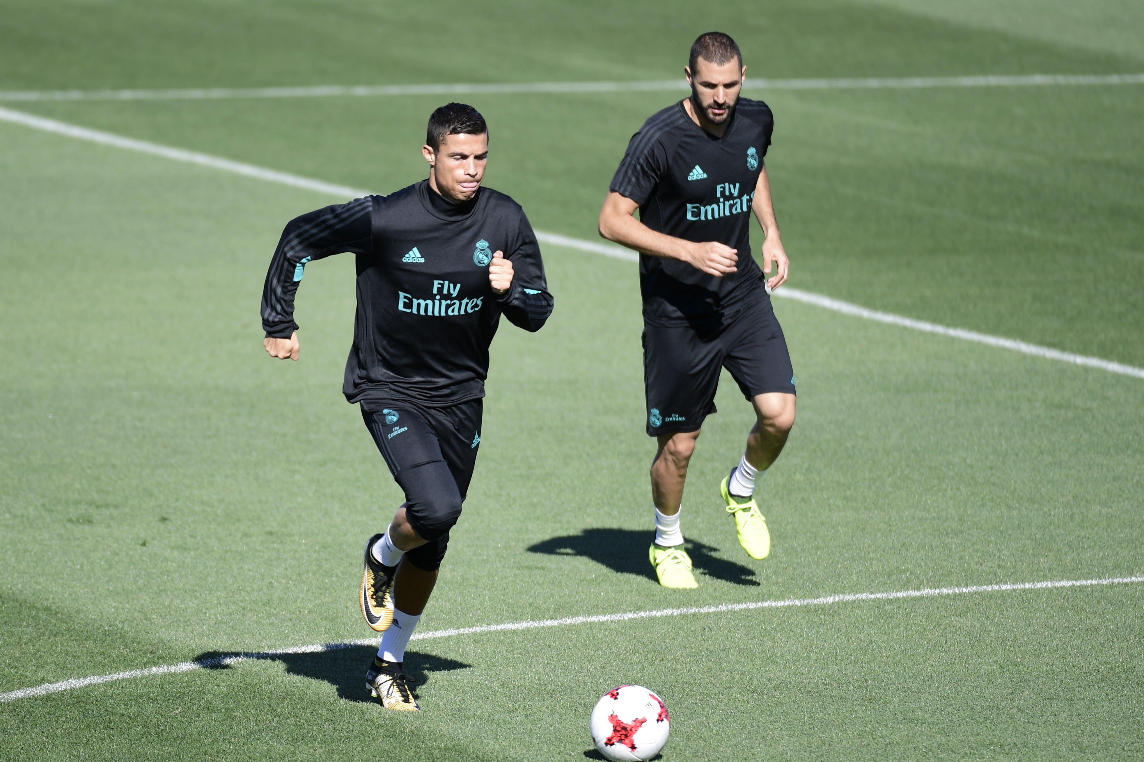 رونالدو وكريم بنزيما في تدريبات ريال مدريد 3