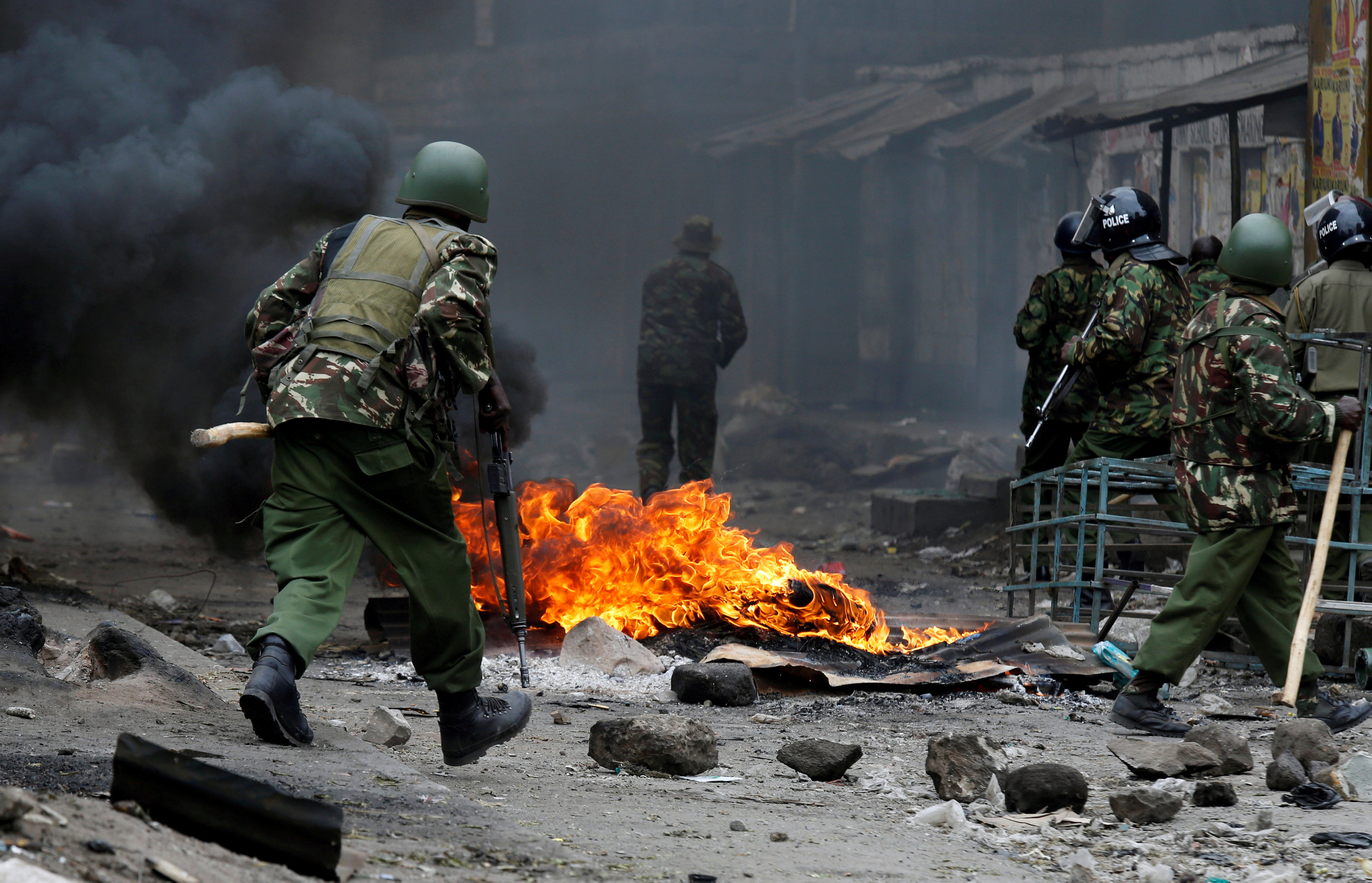 استمرار المظاهرات العنيفة بكينيا
