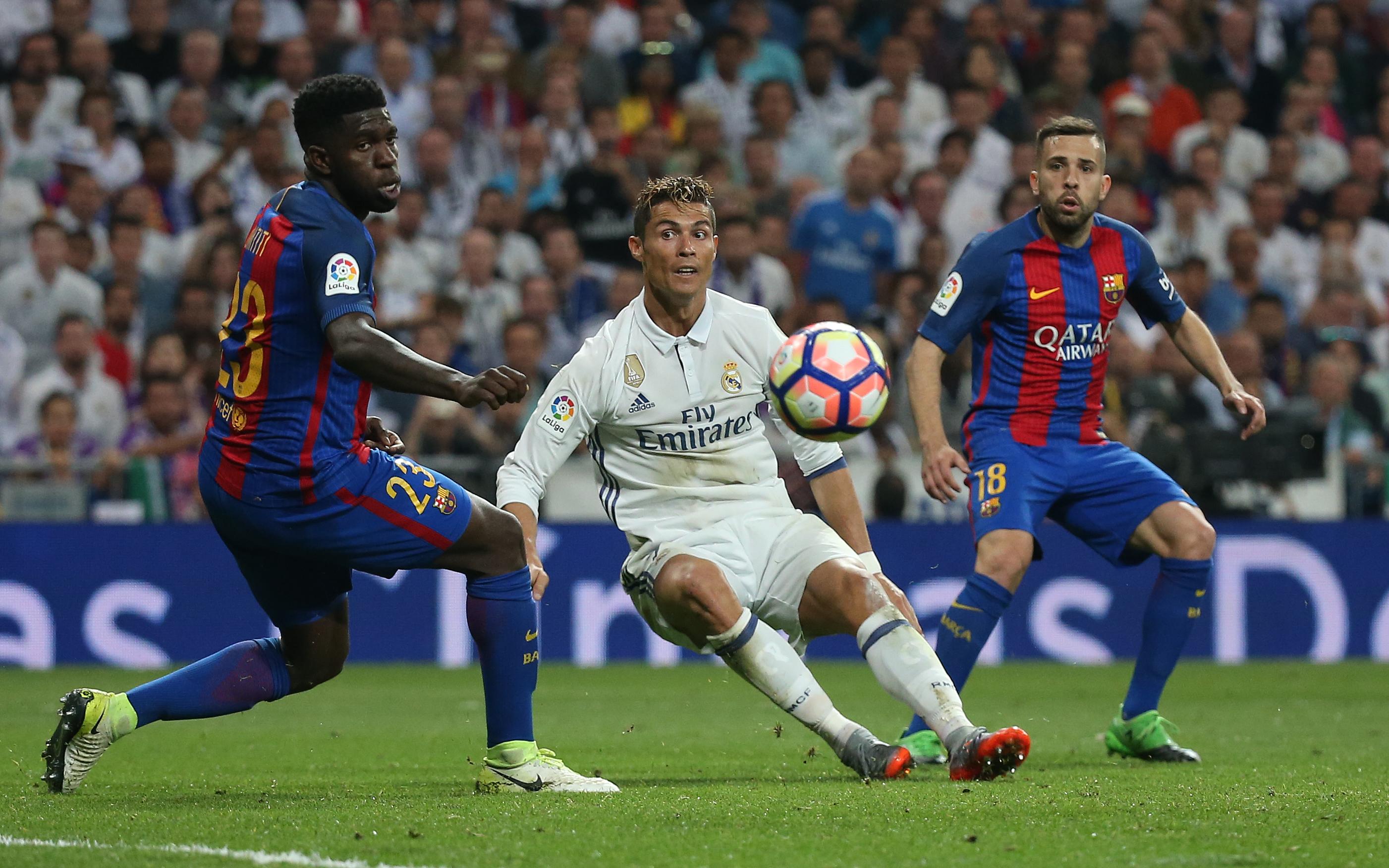 رونالدو أمام برشلونة