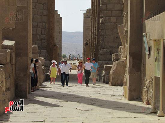 زيارات السياح لمعابد الاقصر