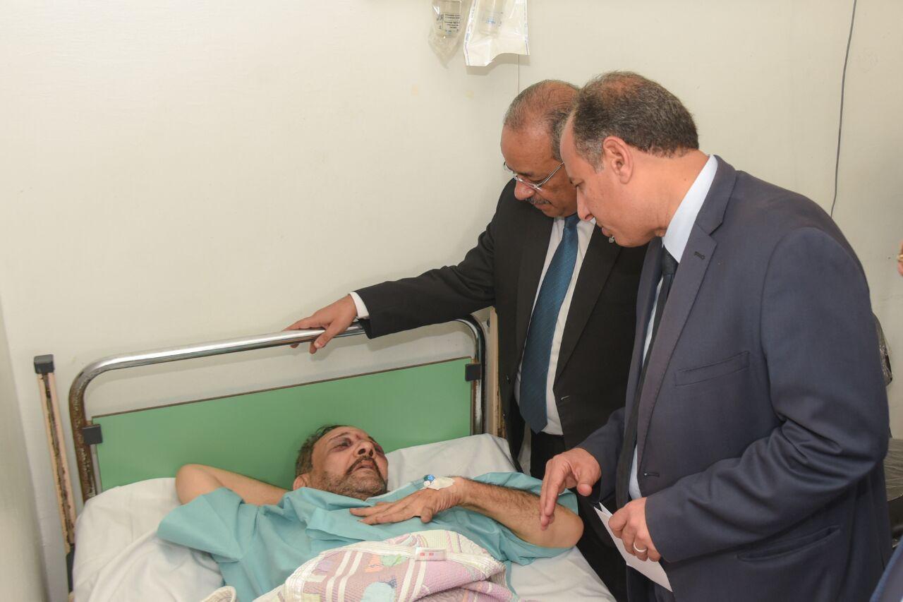 محافظ الإسكندرية يزور مصابى تصادم قطارى خورشيد  (5)