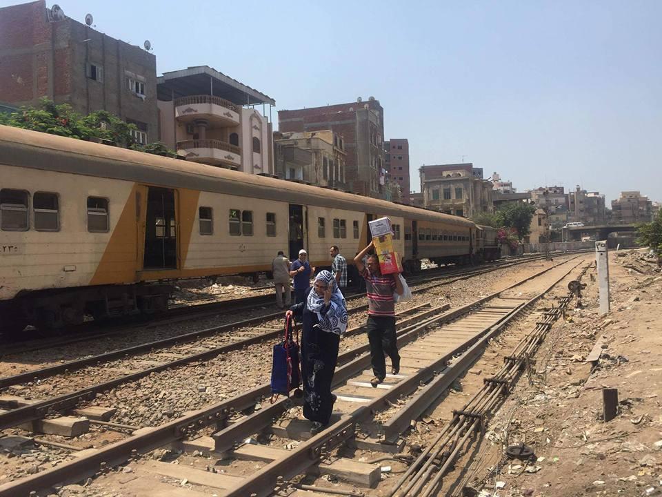 توقف حركة قطارات المنصورة طنطا (5)
