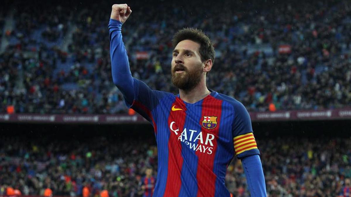 ميسي مهاجم برشلونة
