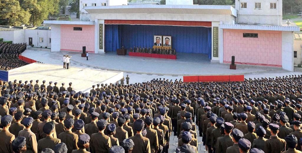 تقديم-المتطوعين-فى-جيش-كوريا-الشمالية