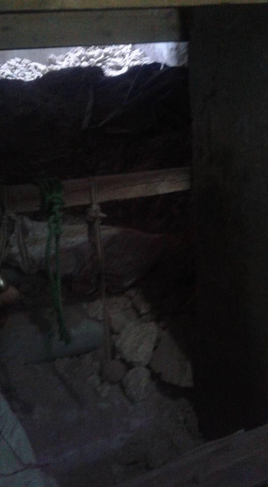 حفر للتنقيب عن الآثار داخل احد المنازل بأسيوط (2)