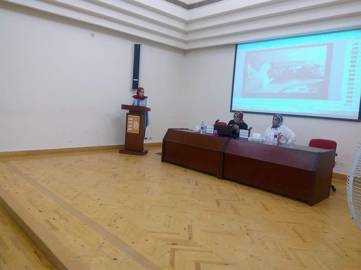 دور المرآة في المجتمع المدني بمركز الإبداع الفني بدمنهور (5)