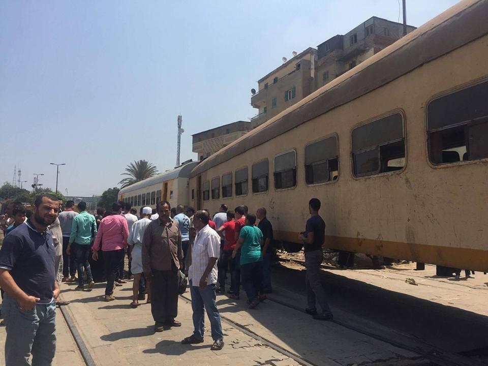 توقف حركة قطارات المنصورة طنطا (4)