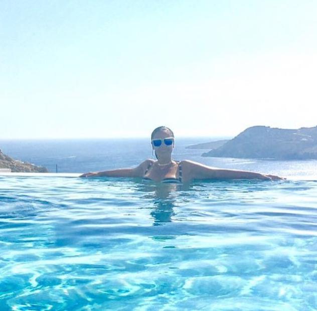 داليا البحيرى بالمايوه