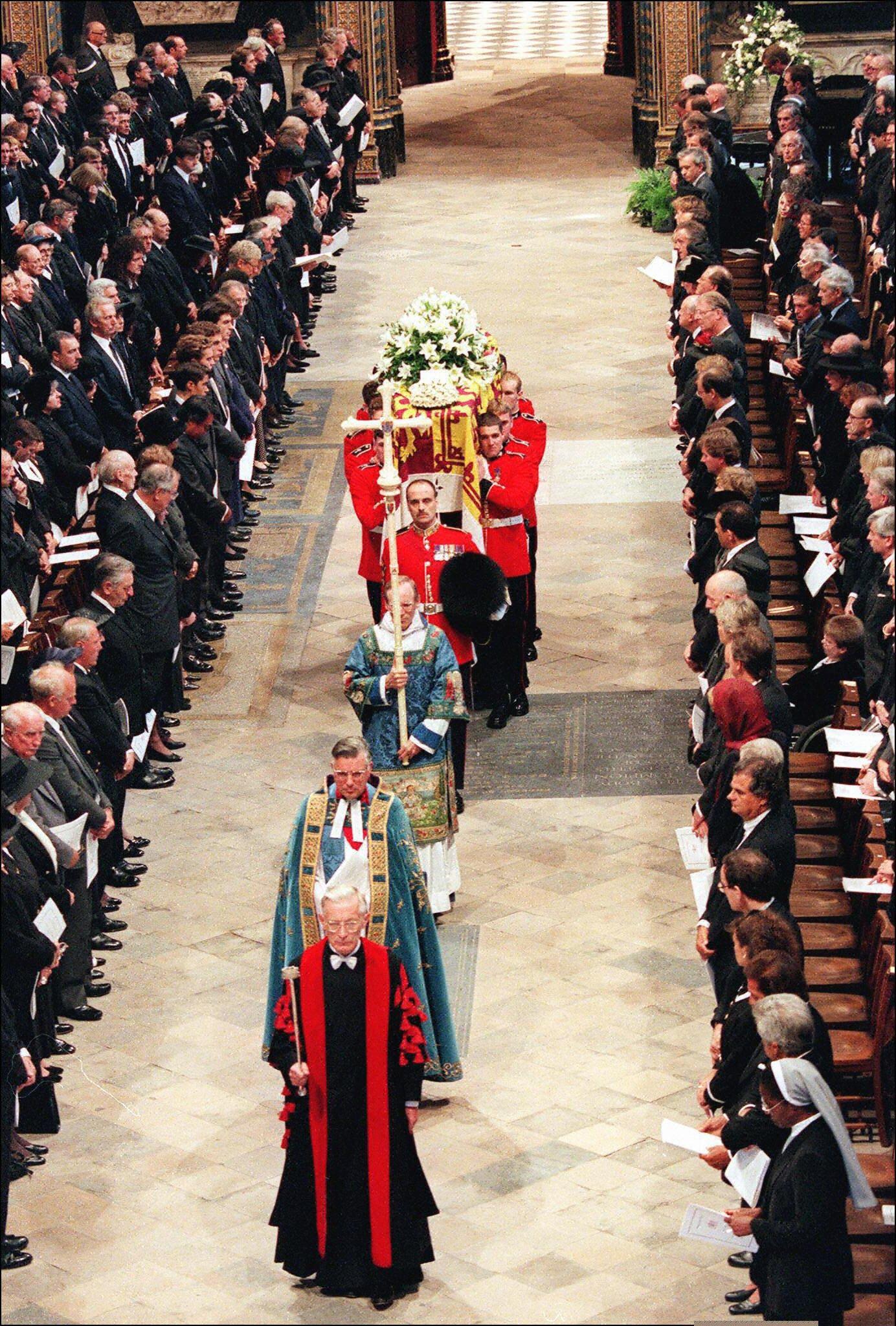 الجنازة فى الكنيسة