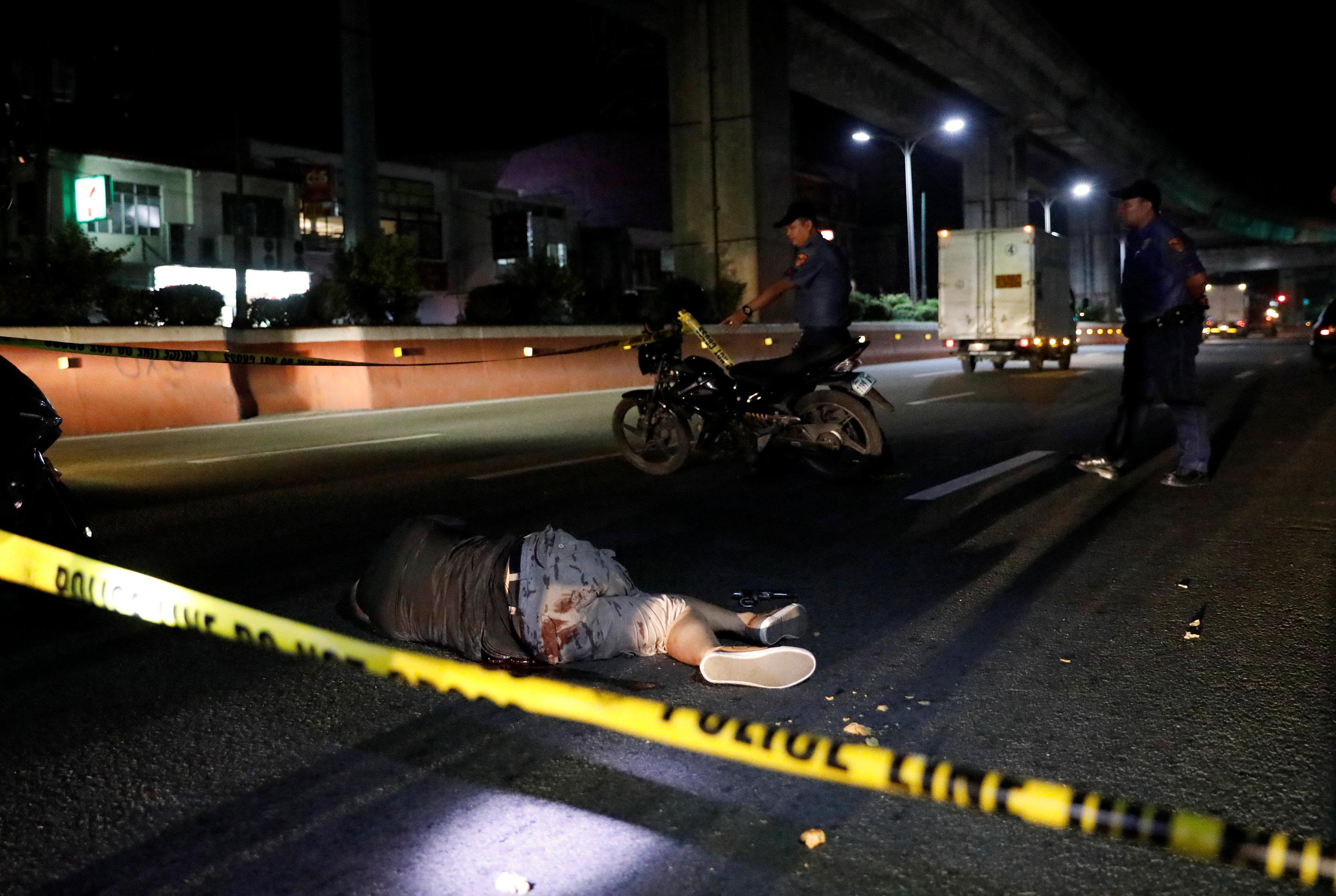 الشرطة الفلبينة تقتل أحد المجرمين